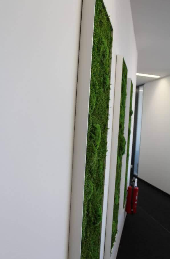pflanzenbilder und moosbilder mit echten pflanzen vertikal begr nung in r umen b robegr nung. Black Bedroom Furniture Sets. Home Design Ideas